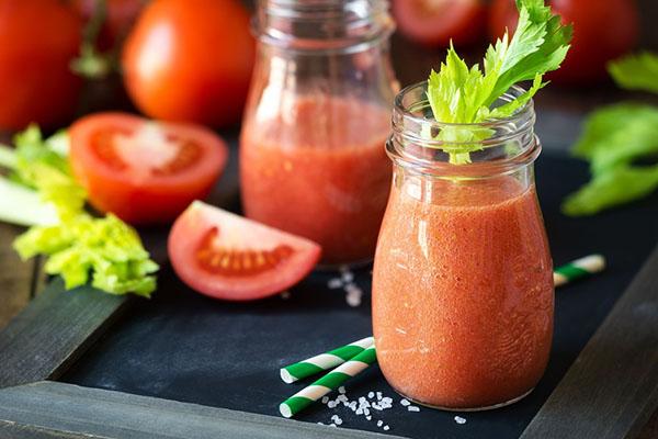 Cách làm sinh tố cà chua với sữa tươi Úc nguyên kem