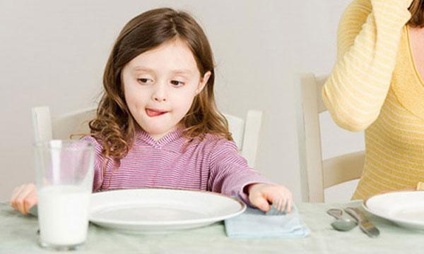 Trẻ trên 12 tháng tuổi có thể uống được sữa tươi Úc